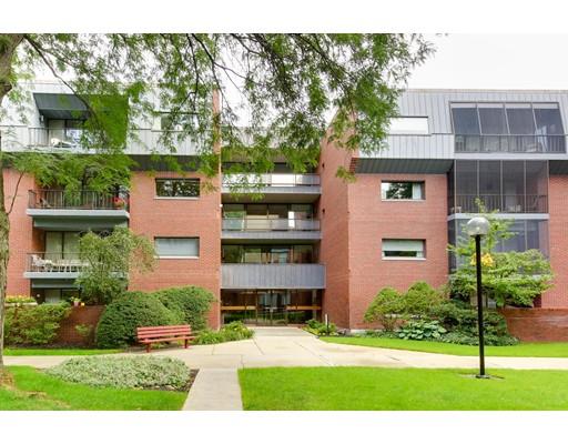 65 Grove St, Wellesley, MA - USA (photo 1)