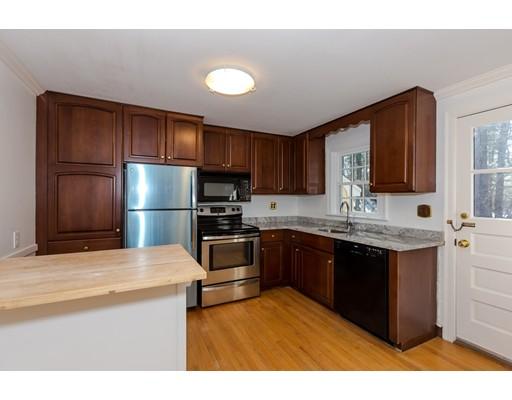 250 Concord Rd, Wayland, MA - USA (photo 2)