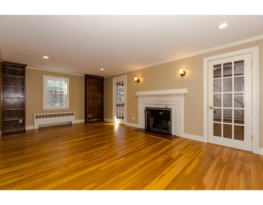 250 Concord Rd, Wayland, MA - USA (photo 3)