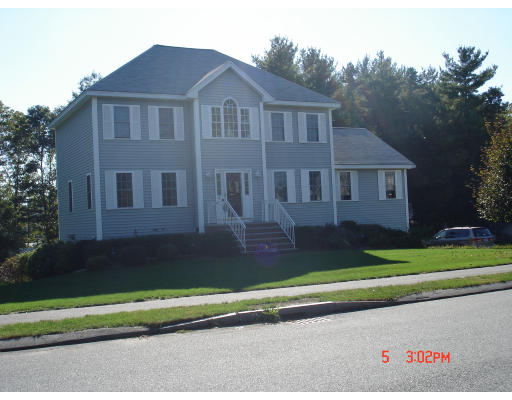 Single Family Home for Rent at 4 Shanpauly Drive #4 4 Shanpauly Drive #4 Billerica, Massachusetts 01821 United States