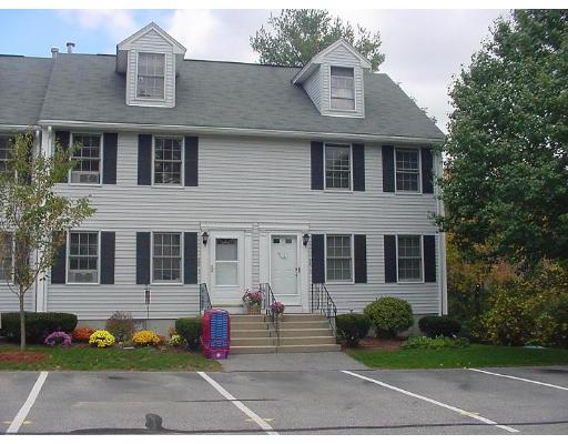 Appartement en copropriété pour l Vente à 24 Wyndmere Drive #24 24 Wyndmere Drive #24 Londonderry, New Hampshire 03053 États-Unis