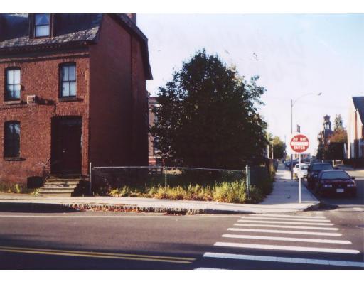 190 Lyman Street, Holyoke, MA 01040