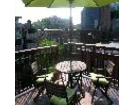Townhome / Condominium pour l à louer à 2 Union Park Street 2 Union Park Street Boston, Massachusetts 02118 États-Unis