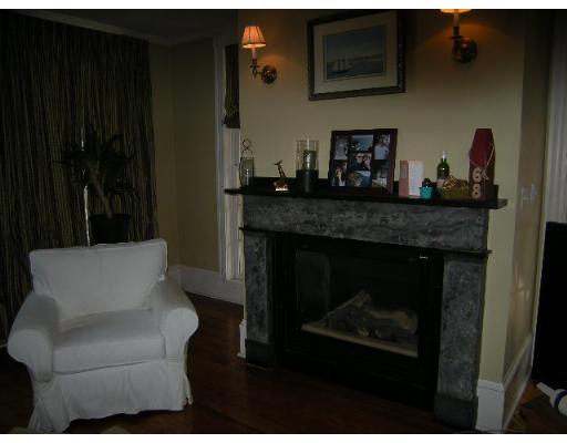 Townhome / Condominium للـ Rent في 54 Chestnut Street 54 Chestnut Street Boston, Massachusetts 02129 United States