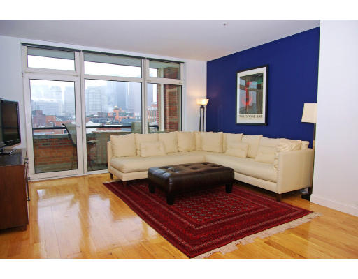 Townhome / Condominium for Rent at 300 Commercial Street 300 Commercial Street Boston, Massachusetts 02109 United States