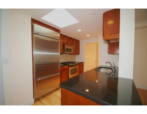 Additional photo for property listing at 44 Prince Street 44 Prince Street Boston, Массачусетс 02113 Соединенные Штаты