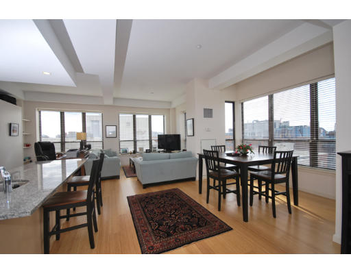 Townhome / Condominium للـ Rent في 40 Fay 40 Fay Boston, Massachusetts 02118 United States