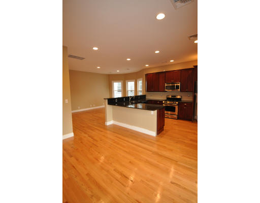 856 East Broadway #3, Boston, MA South Boston Boston, $3,500