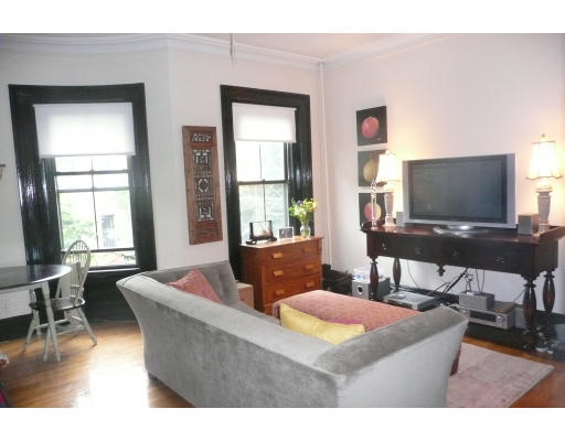 Property Of 73 Montgomery Street
