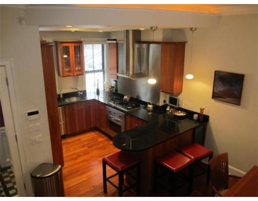 شقة للـ Rent في 24 Clarendon Street 24 Clarendon Street Boston, Massachusetts 02116 United States