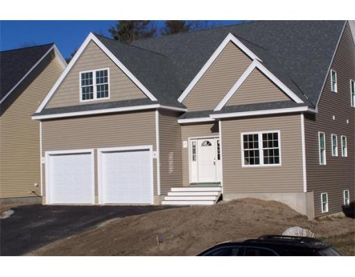 84  Dickens Lane,  Tyngsborough, MA