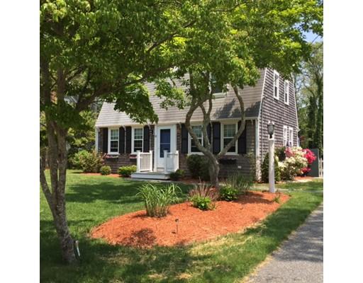 Casa Unifamiliar por un Alquiler en 110 Teaticket Path #0 110 Teaticket Path #0 Falmouth, Massachusetts 02536 Estados Unidos