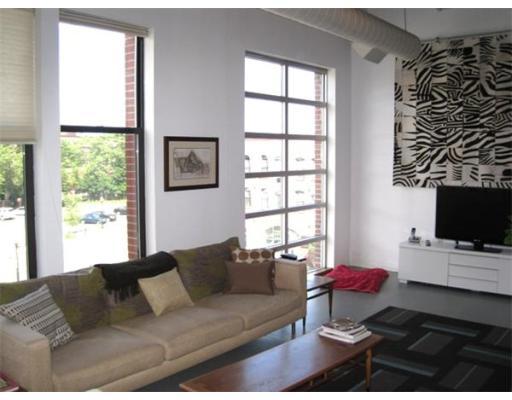 Property Of 27 Wareham Street