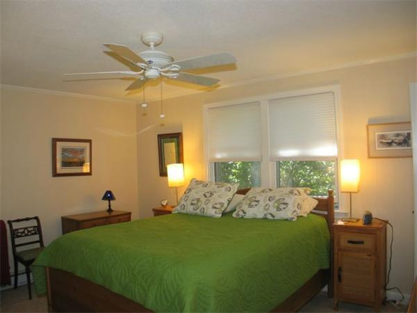 Photo #8 of Listing 100 Franklin Terrace, VH411