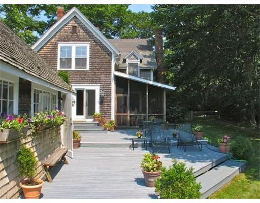 Casa Unifamiliar por un Alquiler en 709 Old County Rd, WT134 West Tisbury, Massachusetts 02575 Estados Unidos