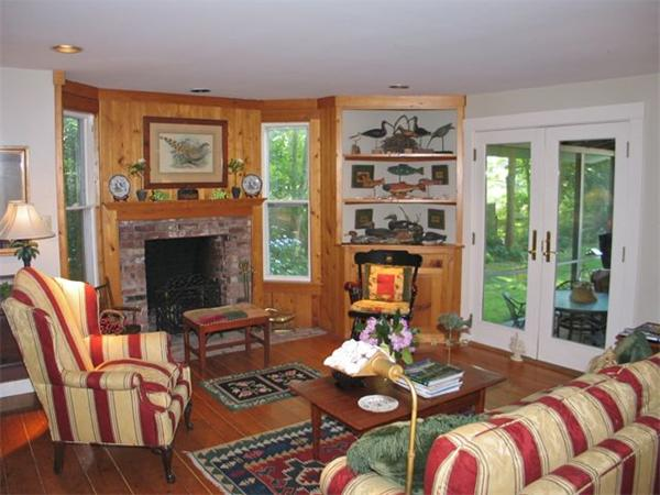 Photo #4 of Listing 709 Old County Rd, WT134