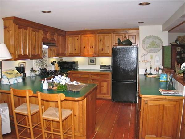 Photo #6 of Listing 709 Old County Rd, WT134