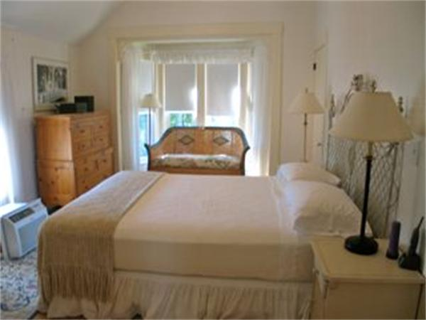 Photo #6 of Listing 26 Pequot Ave, OB503