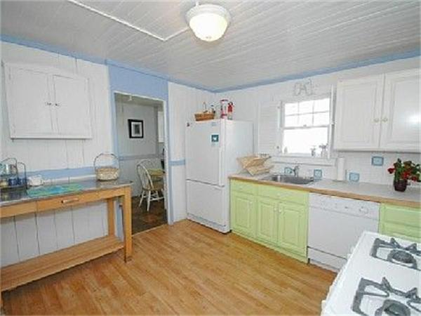 Photo #5 of Listing 28 Narragansett Ave, OB504