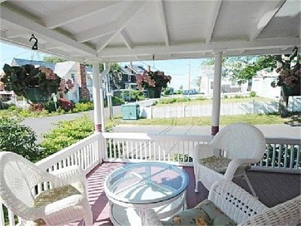 Photo #12 of Listing 28 Narragansett Ave, OB504