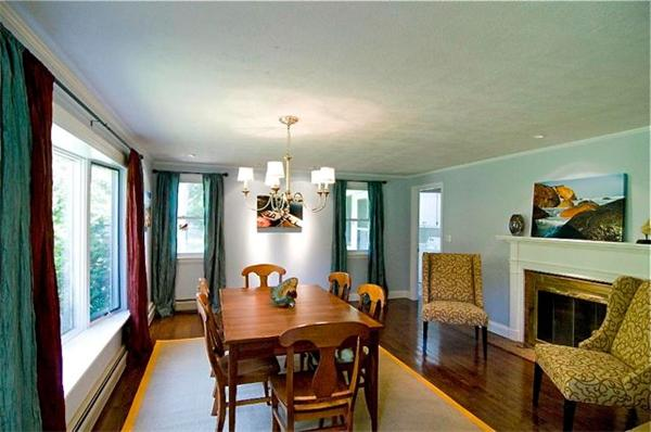 Photo #3 of Listing 138 South Rd, CH228