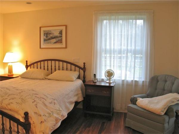 Photo #4 of Listing 8 Tanglevine Rd, CH207
