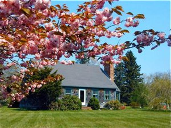 Photo of home for sale at 629 Edgartown Rd,  Wt108, West Tisbury MA