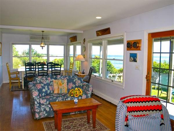 Photo #10 of Listing 348 Seaview Ave, OB527