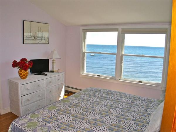 Photo #12 of Listing 348 Seaview Ave, OB527