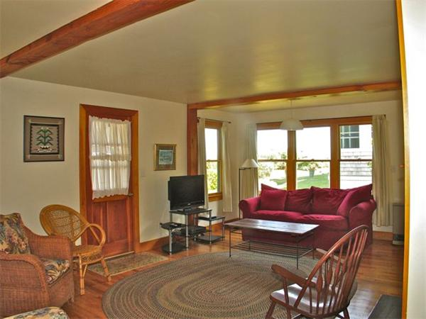 Photo #5 of Listing 348 Seaview Ave, OB529