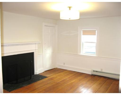 Additional photo for property listing at 8 Allen Street  Salem, Massachusetts 01970 United States