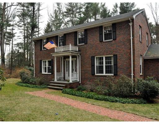 sold property at 186 Pecunit Street, Canton, Massachusetts, 02021