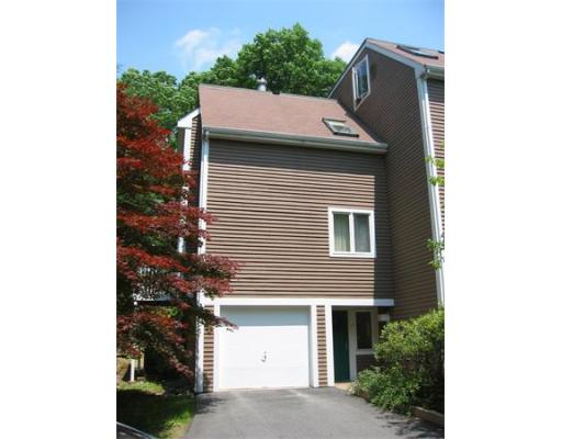 16  Greenridge Lane,  Lincoln, MA