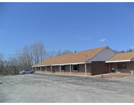 Commercial للـ Rent في 235 Hartford Turnpike 235 Hartford Turnpike Shrewsbury, Massachusetts 01545 United States