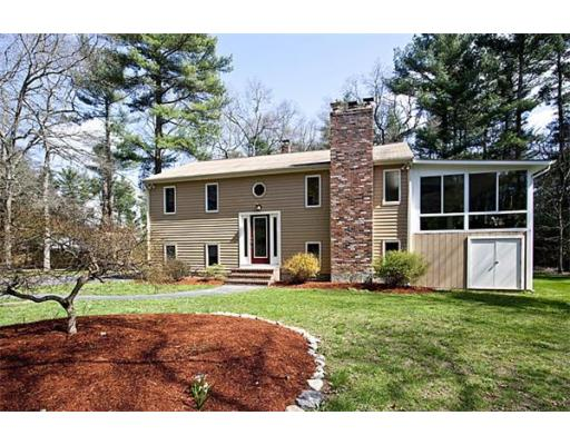 18 Mountain Rd, Easton, MA 02356