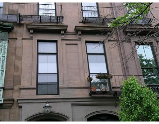 Townhome / Condominium للـ Rent في 204 Beacon 204 Beacon Boston, Massachusetts 02116 United States