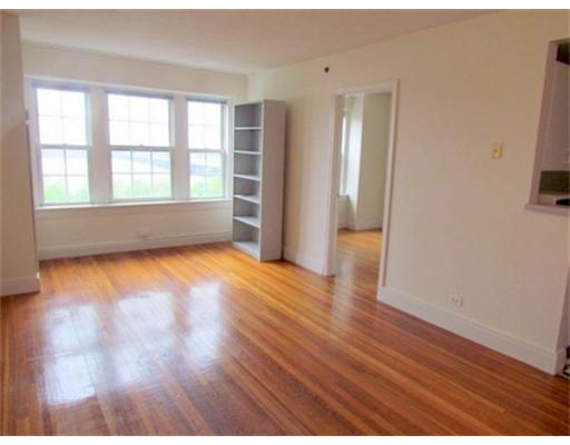 Townhome / Condominium for Rent at 534 Beacon Street Boston, Massachusetts 02215 United States