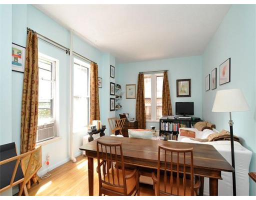 Townhome / Condominium للـ Rent في 17 Cazenove 17 Cazenove Boston, Massachusetts 02116 United States