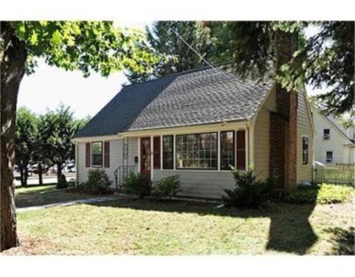 Частный односемейный дом для того Аренда на 2 Hill Top Road 2 Hill Top Road Wellesley, Массачусетс 02481 Соединенные Штаты