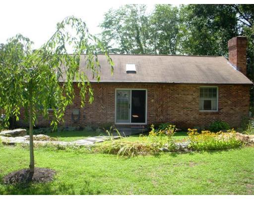 Casa Unifamiliar por un Venta en 12 Hoyt Avenue Amesbury, Massachusetts 01913 Estados Unidos