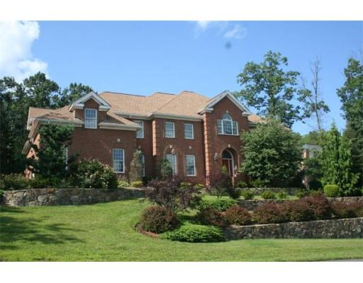 Single Family Home for Sale, ListingId:23360935, location: 29 Coachman Ridge Rd Shrewsbury 01545