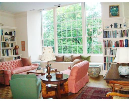 Additional photo for property listing at 70 Mt Vernon 70 Mt Vernon Boston, Massachusetts 02108 États-Unis