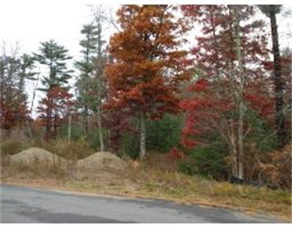 Photo of home for sale at 7 Donna Rd, Wareham MA