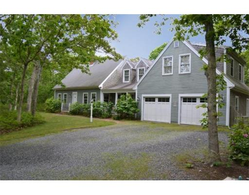 10  Meshaket Way,  Oak Bluffs, MA
