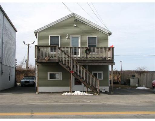 Maison avec plusieurs logements pour l Vente à 23 North End Blvd. 23 North End Blvd. Salisbury, Massachusetts 01952 États-Unis