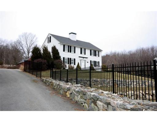 180  Farm Rd,  Marlborough, MA