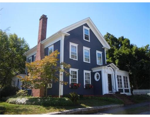 $549,000 - 5Br/3Ba -  for Sale in Amesbury