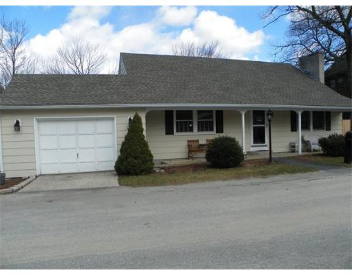 42  Davis St,  Tyngsborough, MA