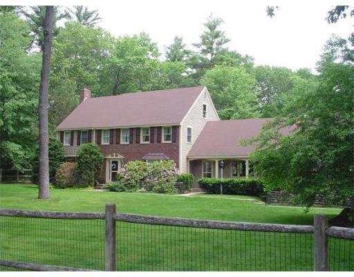 Casa Unifamiliar por un Venta en 30 Boren Lane Boxford, Massachusetts 01921 Estados Unidos