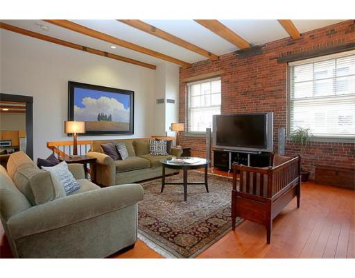 Lofts.com apartments, condos, coops, houses & commercial real estate - North End Lofts (Condo)